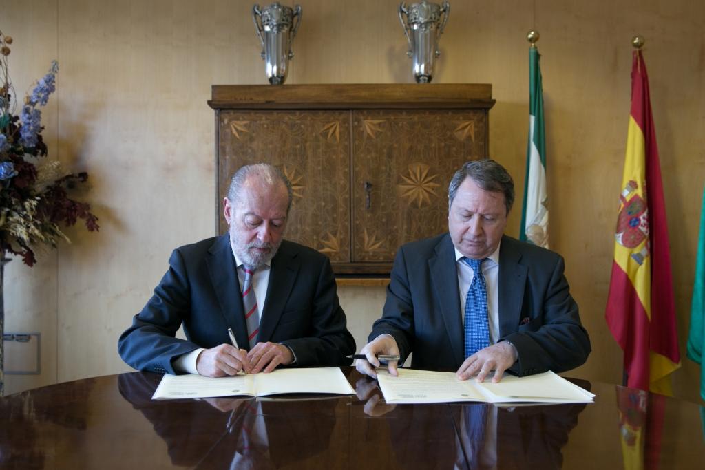 El Consejo Consultivo de Andalucía y la FAMP firman un protocolo por la transparencia en la gestión municipal.
