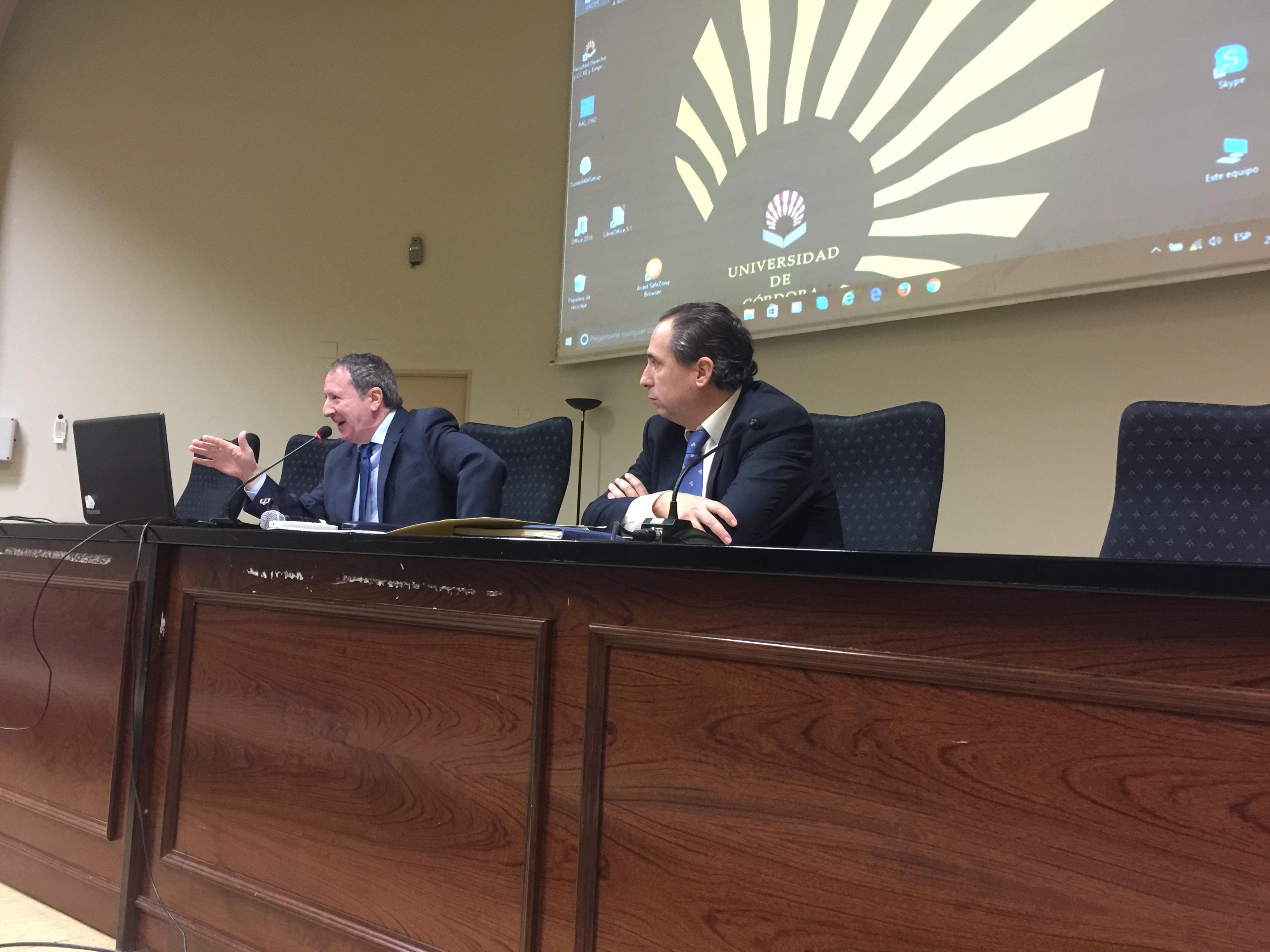 El presidente del Consultivo participa en el ciclo de conferencias de Defensa de la UCO.