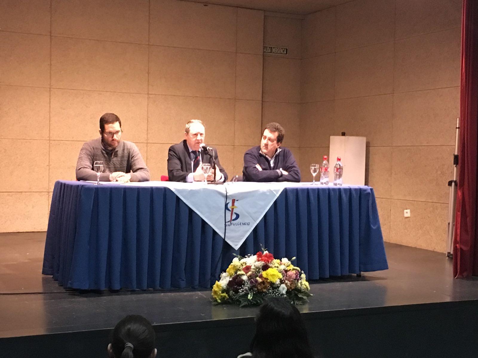 Conferencia en el IES San Fulgencio de Écija