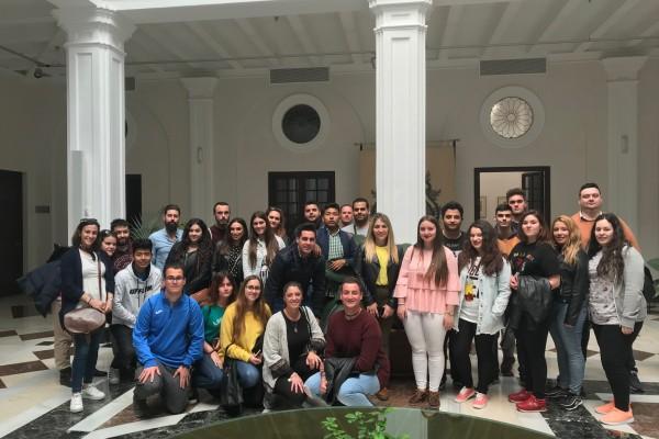 Los alumnos del IES Torre Almirante visitan el Consejo Consultivo.