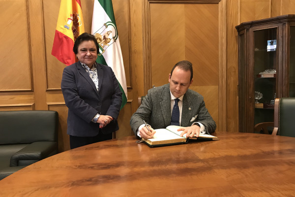 El rector de la Universidad Internacional de Andalucía visita el Consejo Consultivo.