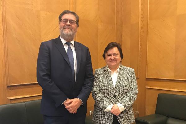 La presidenta del Consejo Consultivo de Andalucía recibe al presidente de la Cámara de Cuentas.